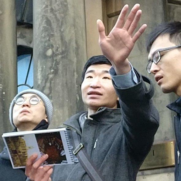 Architecture Tour Guide Mandarin