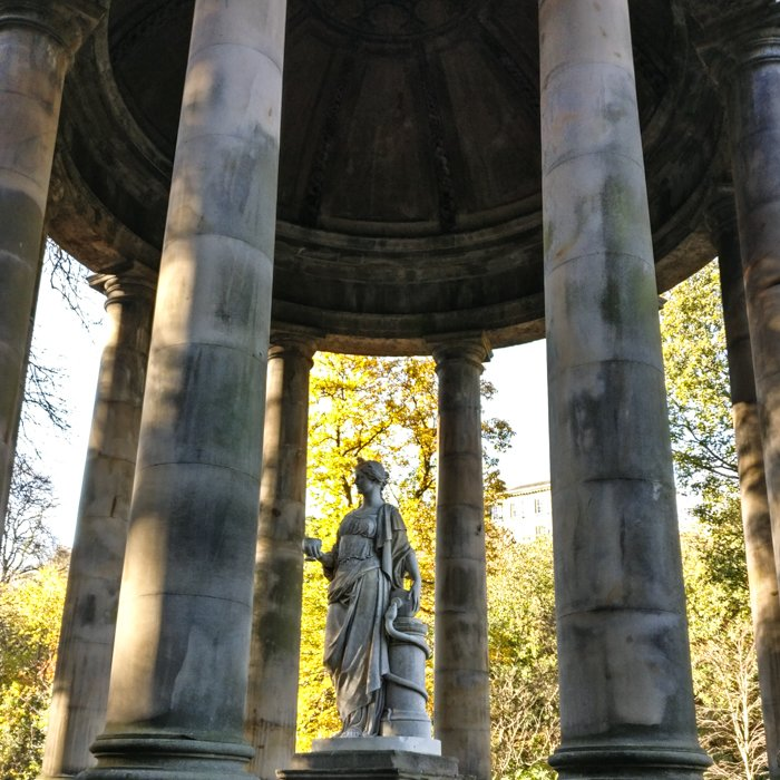 Higeia Sculpture, st Bernard's Well Dean Village | Architecture Tour
