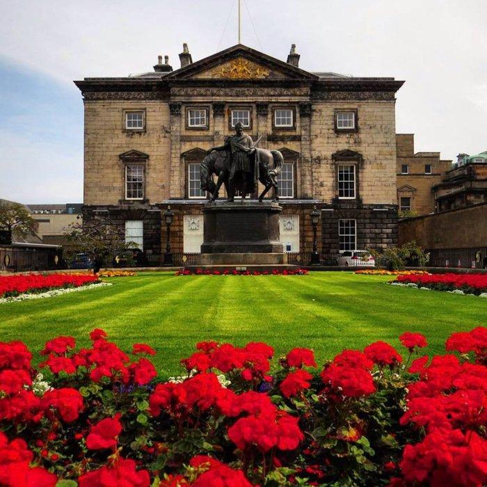 New Town Architecture Tour Edinburgh-4 IN