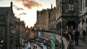 Victoria Street Edinburgh | Victoria Terrace | Old Town | Royal Mile Tour