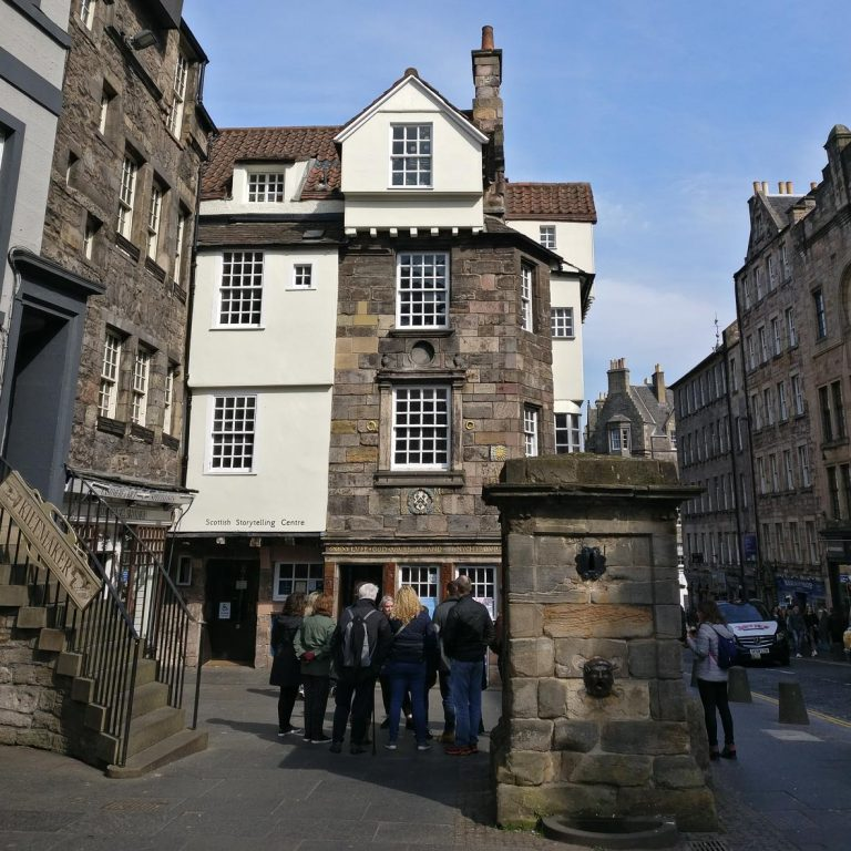 John Knox House | Oldest House | Jettying | Timber House | Edinburgh Royal Mile Tour