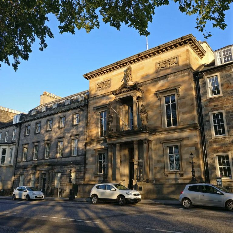 Royal College of Physicians | Edinburgh New Town walking Tour | Thomas Hamilton | Queen Street