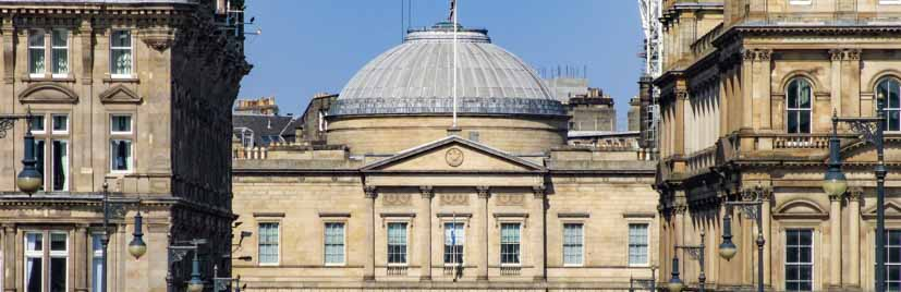 Edinburgh Audio Tour featuring the Register House in the New Town